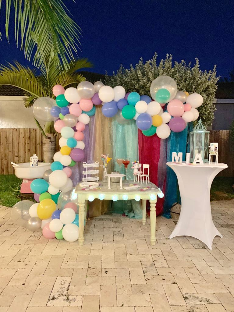 Stripe Backdrop and Balloons