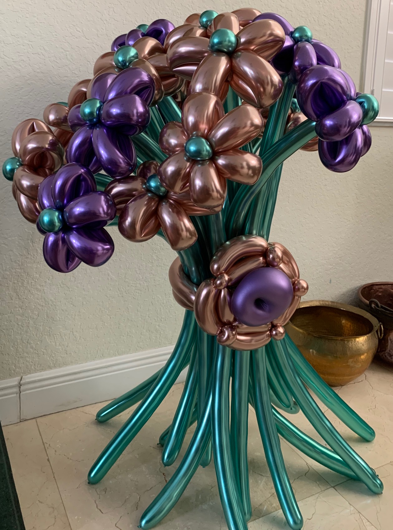 Daisy  Green Flower Balloon Bouquet